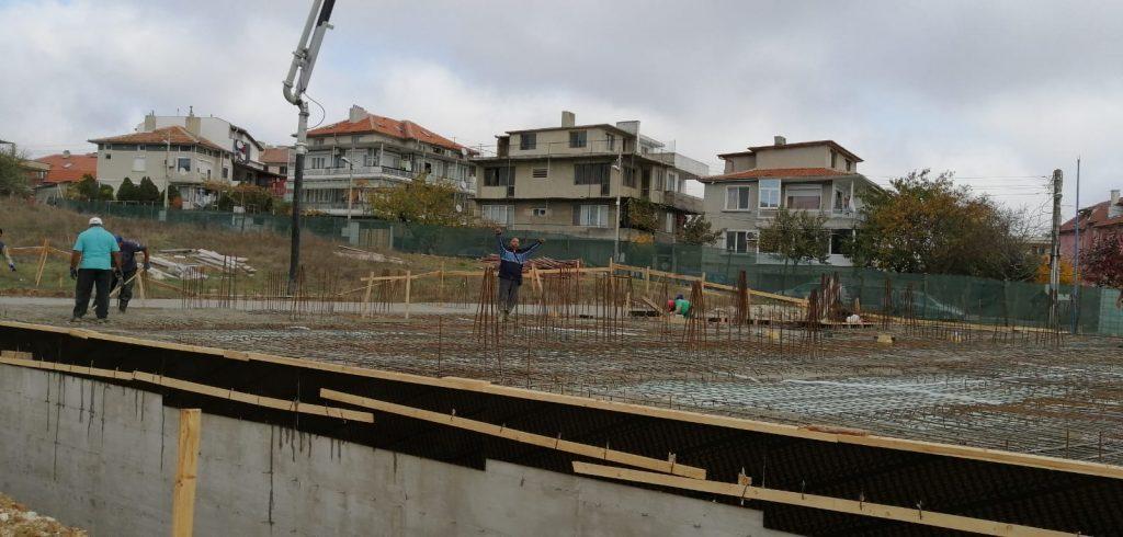 Изливане на бетон - Акропол Билд